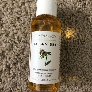 Farmacy Makeup - New Farmacy facial cleanser and primer mask